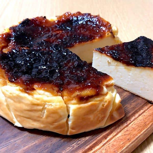 里芋とゆず味噌のバスク風チーズケーキ