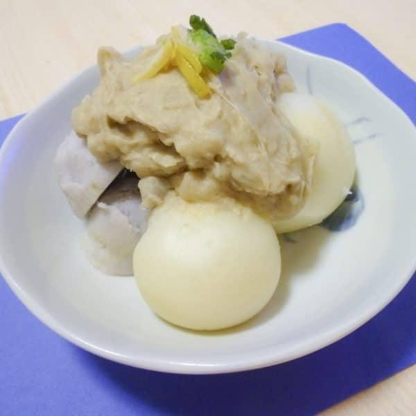 里芋の味噌餡かけ