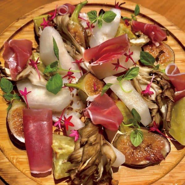 梨とイチジクのサラダ